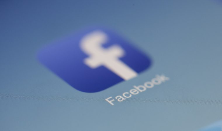 How to Network Through Facebook to Get a Job