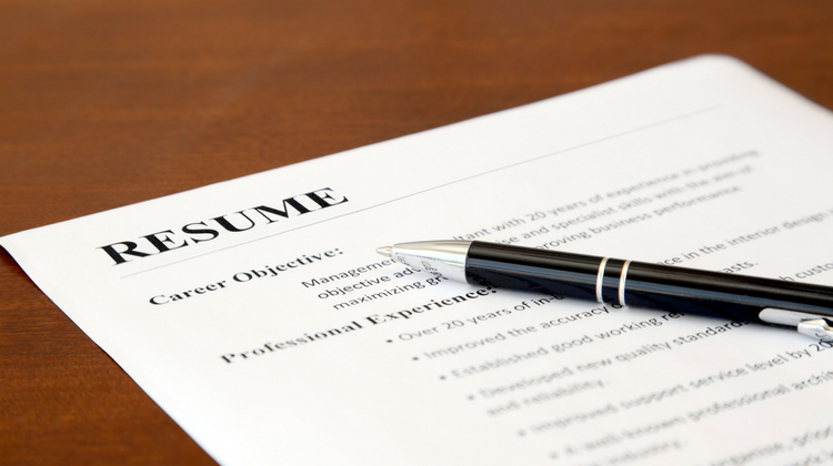 How to Bridge the Maternity Gap in Your Resume